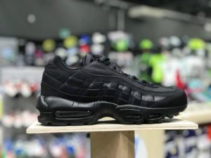 Air max 95 total black